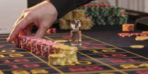 Tämän vuoksi sinäkin tulet pian pelaamaan kasinopelejä puhelimella